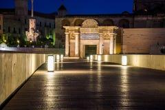 Puerta del puente de Córdoba Fotografía de archivo