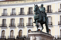 Puerta del Sol. Памятник Карлоса III в Мадриде Стоковые Фотографии RF