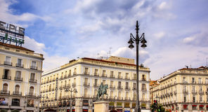 Puerta del Sol Gateway του τετραγωνικού βασιλιά Carlos ΙΙΙ Ε Plaza ήλιων Στοκ Εικόνα