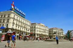 Puerta del Sol i Madrid, Spanien Royaltyfri Bild