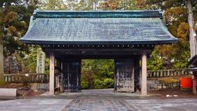 Puerta del templo de Rinnoji Imagenes de archivo