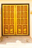 Puerta del templo del Lao Fotografía de archivo