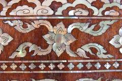 Puerta del templo en el wat tailandés Imagenes de archivo