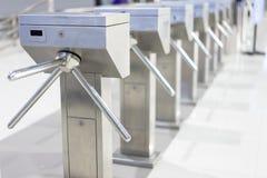 Puerta del torniquete para la salida o la entrada de la manera imagen de archivo libre de regalías