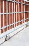 Puerta deslizante casera imagen de archivo libre de regalías
