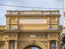 Puerta en el cuadrado del della Repubblica de la plaza de la república en Florencia Foto de archivo