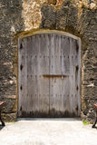Puerta en fortaleza Imagenes de archivo