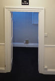 Puerta en interior del hotel Fotos de archivo