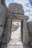 Puerta en Mycenae Grecia Imagen de archivo libre de regalías