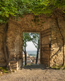 Puerta en San Gimignano Foto de archivo libre de regalías