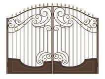 Puerta forjada con las puntas de lanza