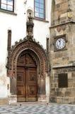 Puerta gótica Foto de archivo libre de regalías