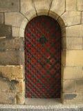Puerta histórica en castillo Foto de archivo libre de regalías