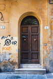 Puerta italiana Foto de archivo