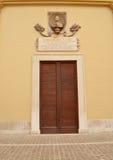 Puerta italiana elegante Fotografía de archivo libre de regalías