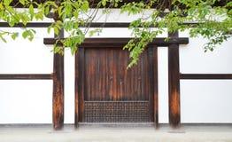 Puerta Japón de Woody Foto de archivo