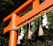 Puerta japonesa del templo fotografía de archivo