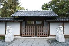 Puerta japonesa del templo Imagen de archivo