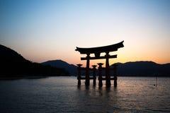 Puerta japonesa del templo Imágenes de archivo libres de regalías