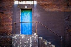 Puerta lateral azul Fotografía de archivo