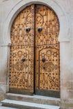 Puerta local típica del hogar tradicional; Túnez; Túnez Fotos de archivo