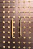 Puerta marrón del hierro Imagen de archivo libre de regalías