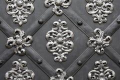 Puerta metálica con el modelo floral Imagen de archivo libre de regalías