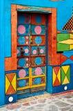 Puerta multicolora de Burano Foto de archivo libre de regalías