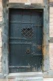 Puerta oscura vieja Foto de archivo libre de regalías
