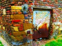 Puerta oxidada en una fortaleza de Kalemegdan fotografía de archivo