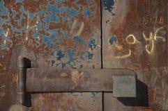 Puerta oxidada vieja Imágenes de archivo libres de regalías