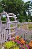 Puerta púrpura, arboreto de Wilmington Foto de archivo libre de regalías