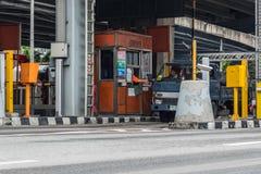 Puerta para el pago de la tarifa de la autopista en Bangkok por EXAT Imagen de archivo libre de regalías