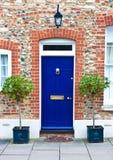 Puerta principal azul Fotos de archivo