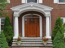 Puerta principal con el pórtico Imagen de archivo