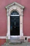 Puerta principal de la casa de ciudad de Londres Fotos de archivo libres de regalías