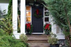 Puerta principal de la Navidad Foto de archivo libre de regalías