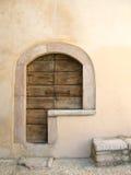 Puerta principal italiana Imágenes de archivo libres de regalías