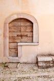 Puerta principal italiana Fotografía de archivo libre de regalías