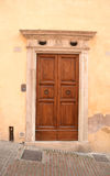 Puerta principal italiana Foto de archivo libre de regalías
