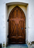 Puerta rústica de la capilla Imágenes de archivo libres de regalías