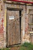Puerta raquítica vieja Fotos de archivo