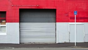 Puerta rodada acero industrial Fotografía de archivo