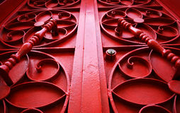 Puerta roja del vintage del metal foto de archivo libre de regalías