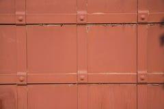 Puerta roja del vintage del metal fotografía de archivo