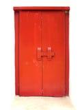 Puerta roja vieja fotos de archivo libres de regalías