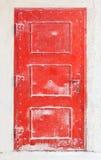 Puerta roja vieja del metal Fotografía de archivo libre de regalías