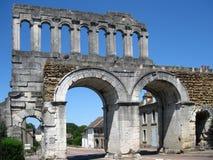 Puerta romana de la ciudad Foto de archivo