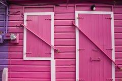 Puerta rosada imagenes de archivo