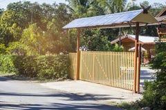 Puerta rural de la casa en Tailandia Fotos de archivo libres de regalías